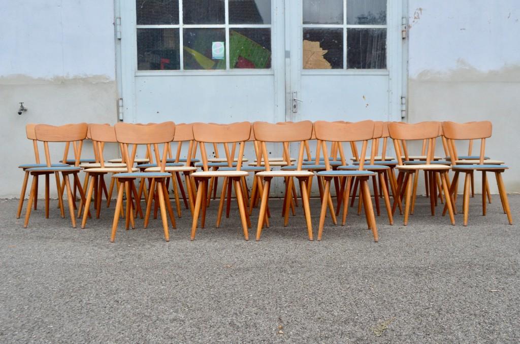 Série de 7 chaises bistrot