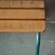 Banc école vintage rétro années 50 piétement tubulaire patine indus