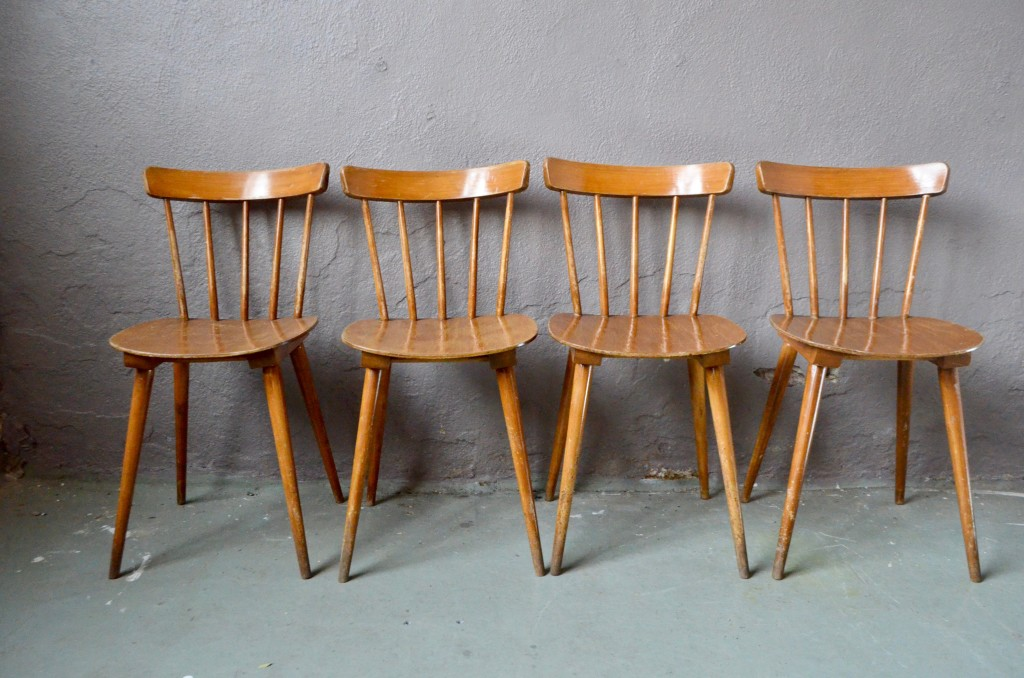 Chaises de brasserie