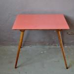 Table Jorinna