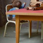 Ensemble table & chaises d'activités