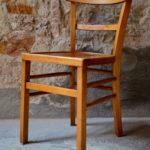 Lot de 4 jolies chaises bistrot en hêtre des années cinquante