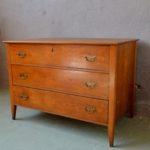 Commode 3 tiroirs rétro bohème chambre d'enfant mobilier ancien