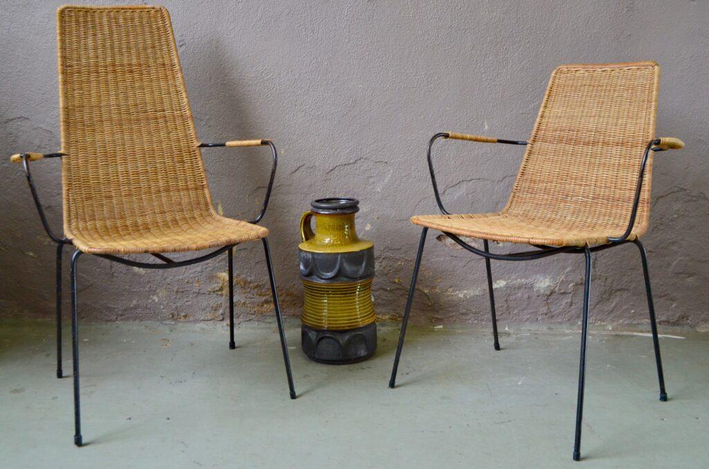 Paire de fauteuils Camille & Alice