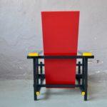 Chaise rouge & bleu de Gerrit Rietveld