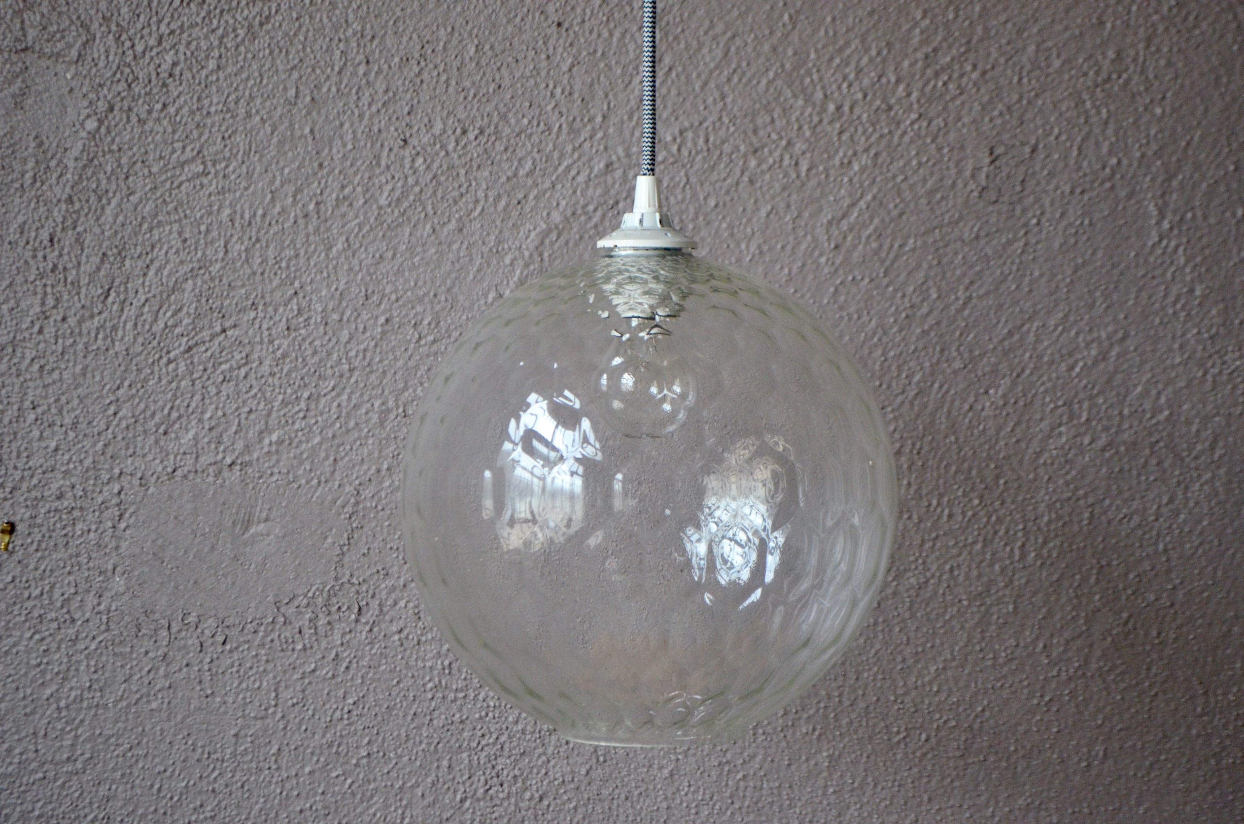 Lampe Suspension Plafonnier midcentury boule en verre design minimaliste