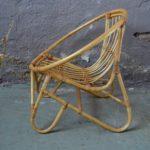 Chaise ou fauteuil enfant rotin bohème vintage rétro années 60 forme coquille