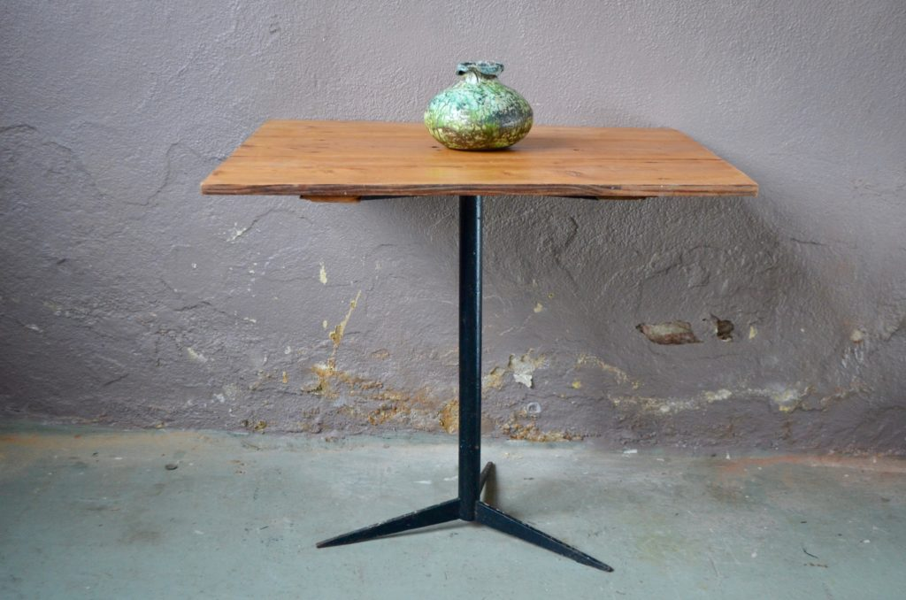 Table Bertille
