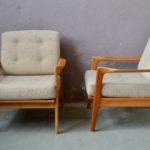 Paire de fauteuils Helmi