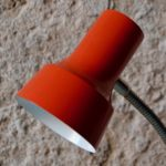 Lampe cocotte de bureau de table à poser rouge design enfant vintage