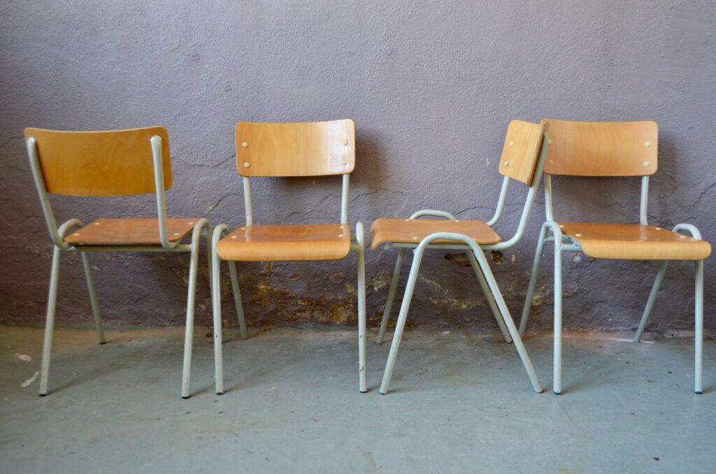 Chaises industrielles Roberta