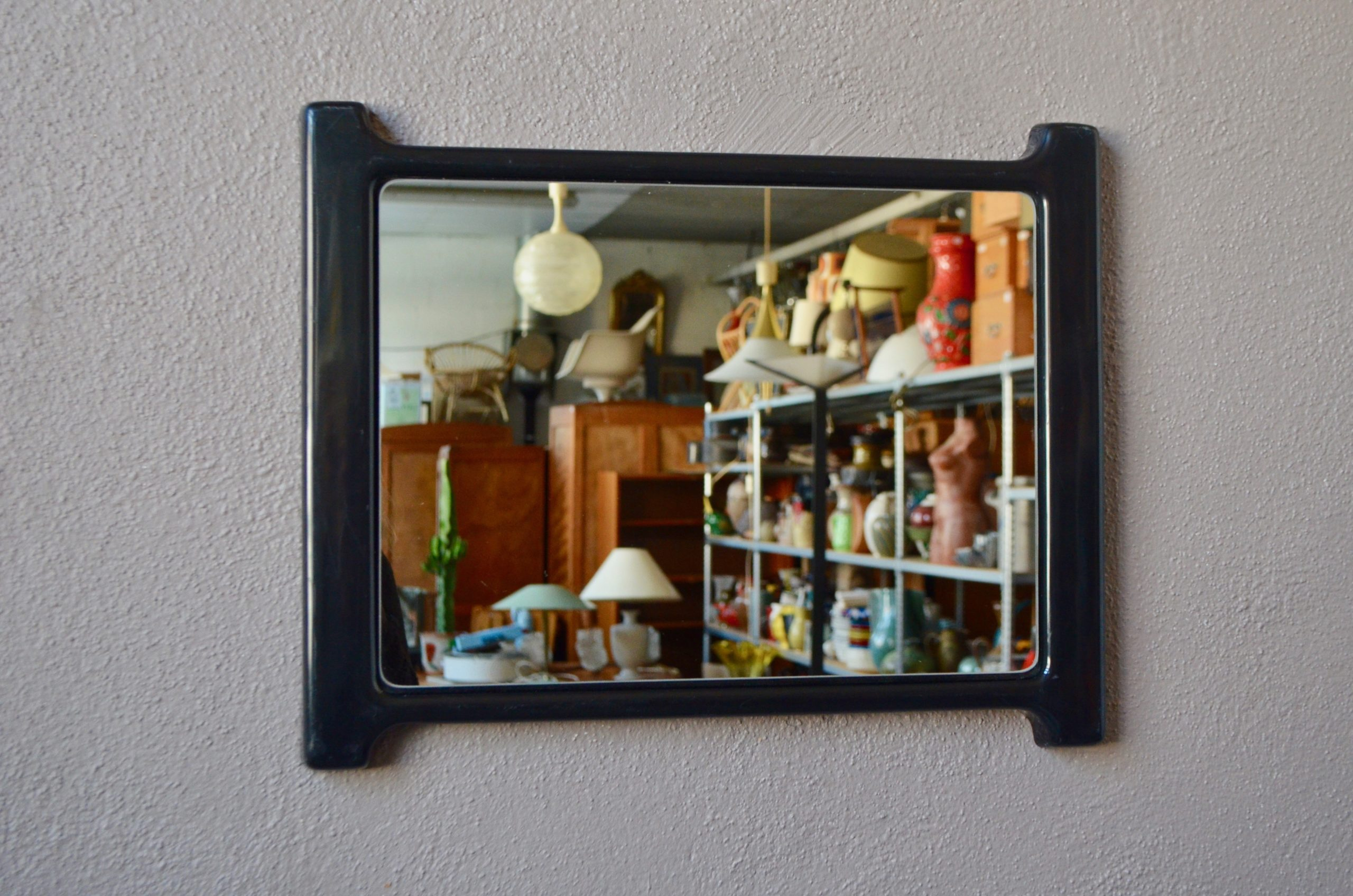 Miroir design italien Visart space age plastique noir
