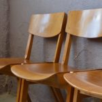 Chaise vintage rétro pieds compas années 60 mobilier en bois empilable