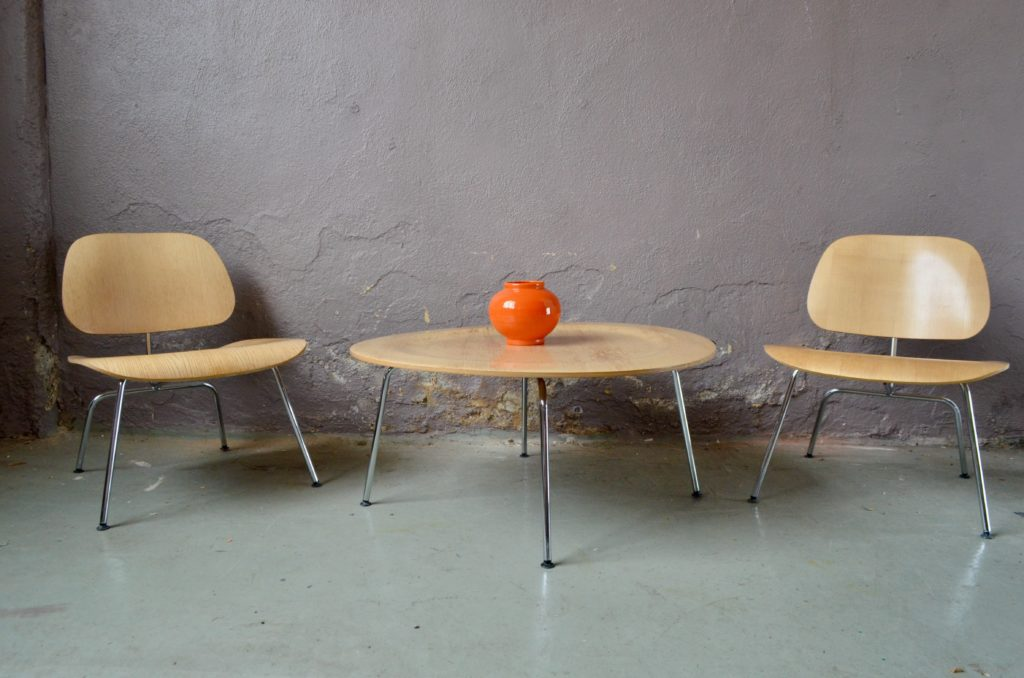 Ensemble Fauteuils et table Ray & Charles Eames