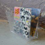 Porte-revue vintage en plexiglas accessoire déco salon