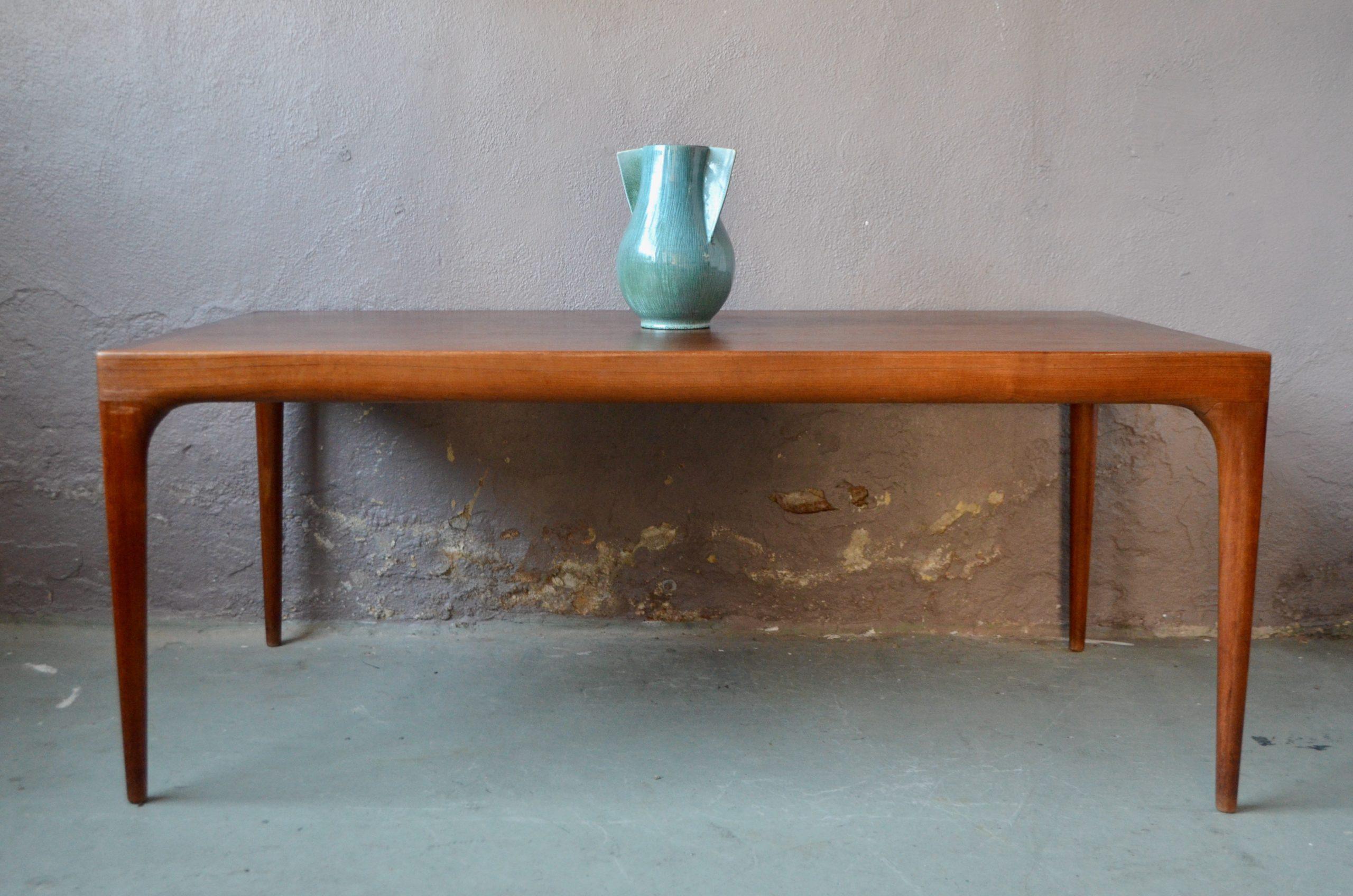 Table Johannes Andersen années 60 vintage rétro scandinave teck design organique danemark
