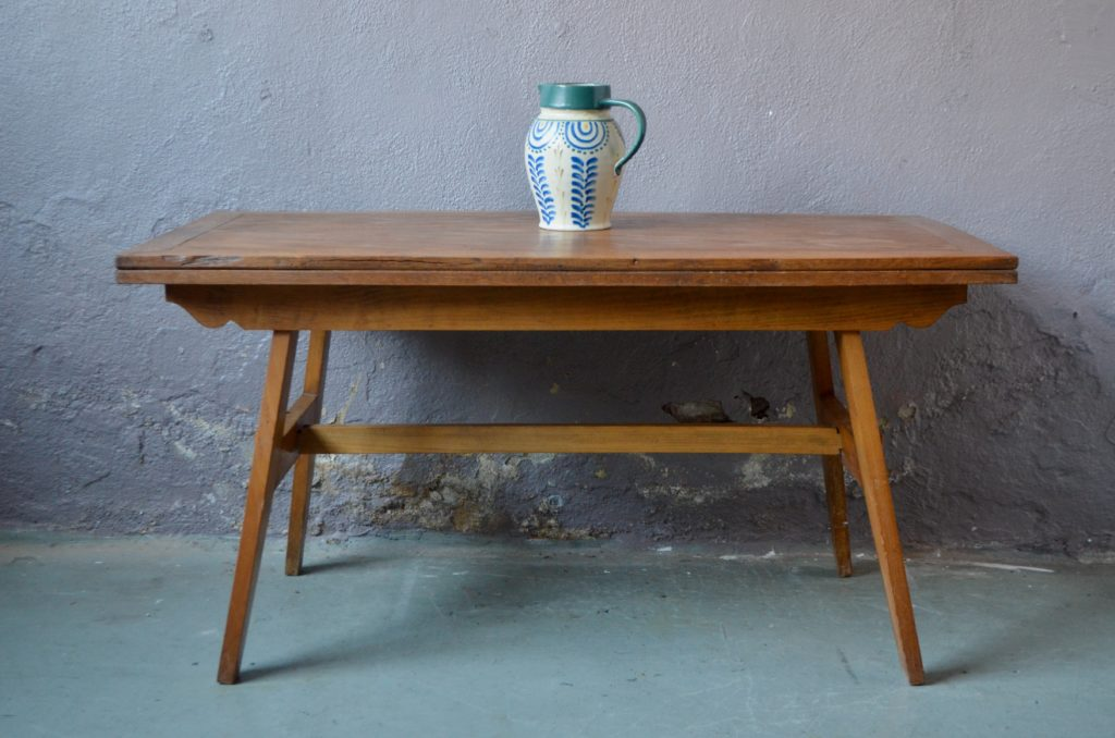 Table René Gabriel