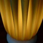 Lampe modèle Athéna Georgia Jacob design travail français années 70 drapé lampe de table pied marbre