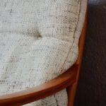 Canapé sofa scandinave en teck blond lainage beige banquette vintage Knoll