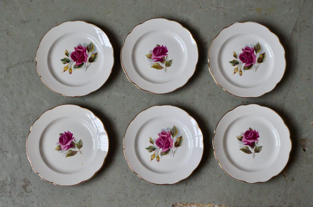 Assiettes aux roses Gien