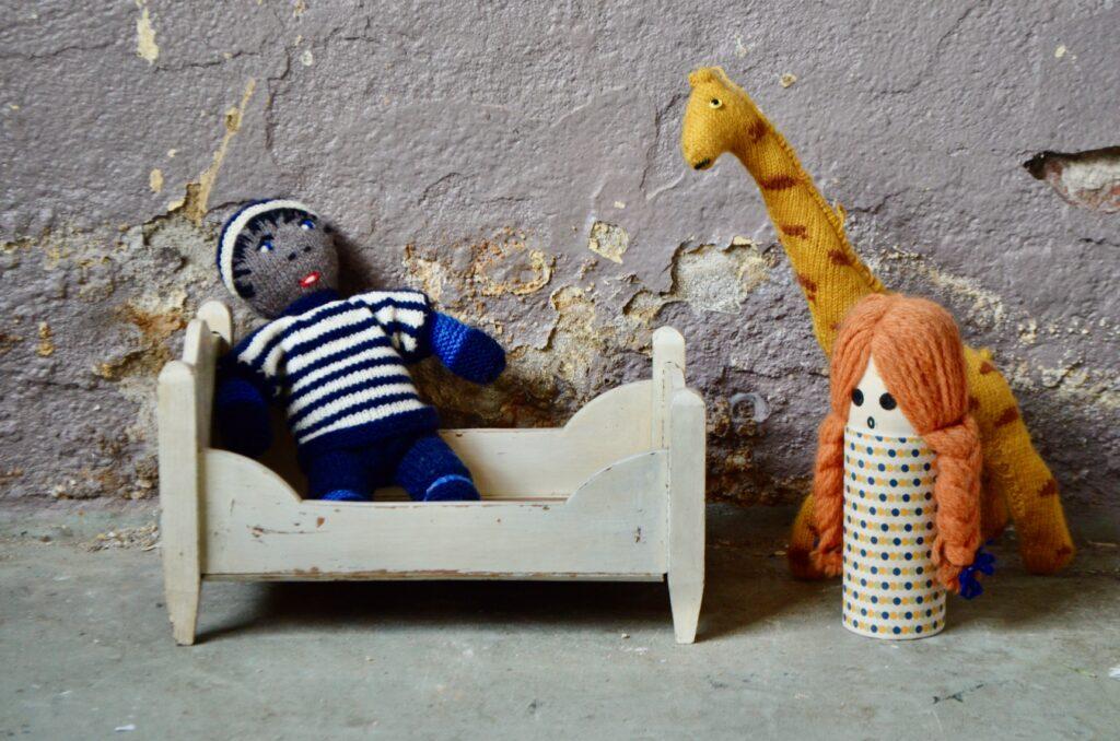 Lit de poupée Seb