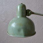 Lampe indus d'atelier indus orientable métal usine machine années quarante bureau design bauhaus