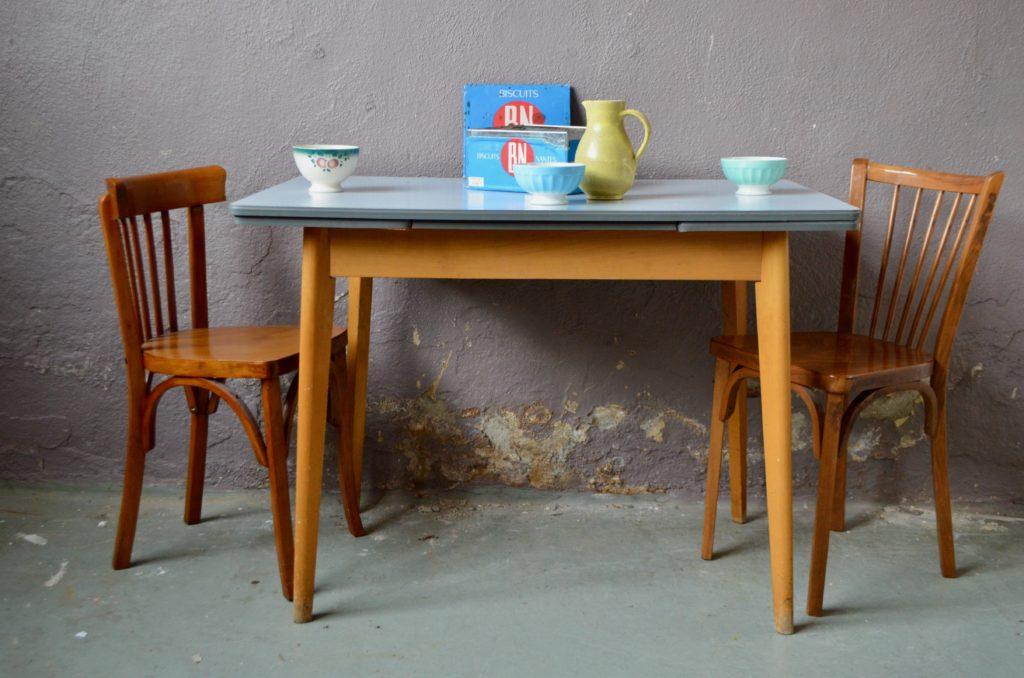 Table Mila