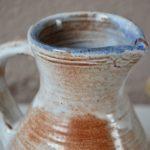 Pichet céramique en grès de Jeanne et Norbert Pierlot