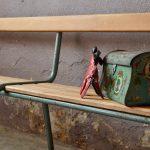 Grand Banc d'école Mullca vintage rétro piétement tubulaire meuble d'entrée chambre enfant design années 50 vintage rétro