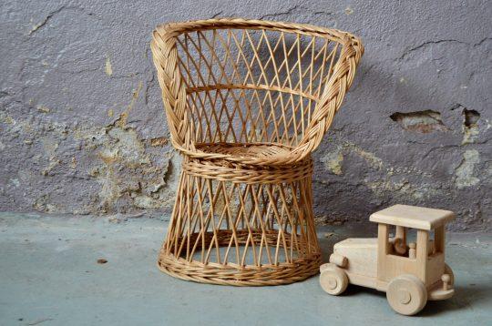 Petit fauteuil enfant en rotin vintage bohème