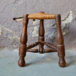 Paire de tabourets de berger anciens design brutaliste et bohème
