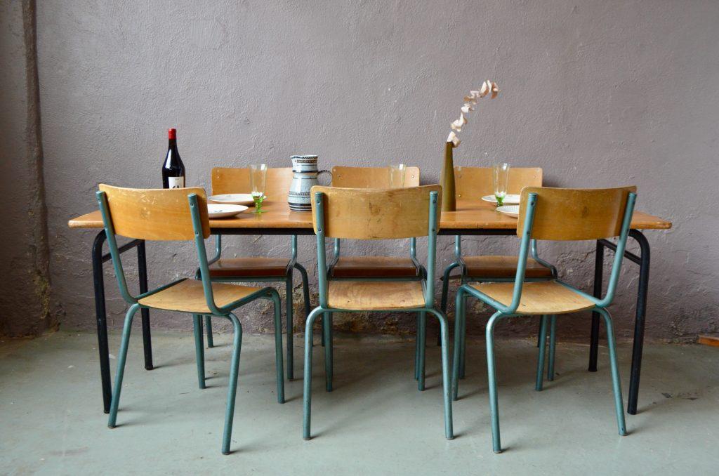 Ensemble de table & chaises tubulaires